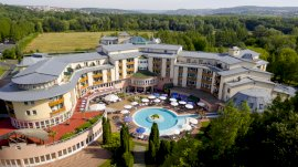Lotus Therme Hotel & Spa szállás Hévíz