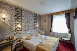 Hotel Korona Eger Wellness, Rendezvény és Borszálloda belföldi